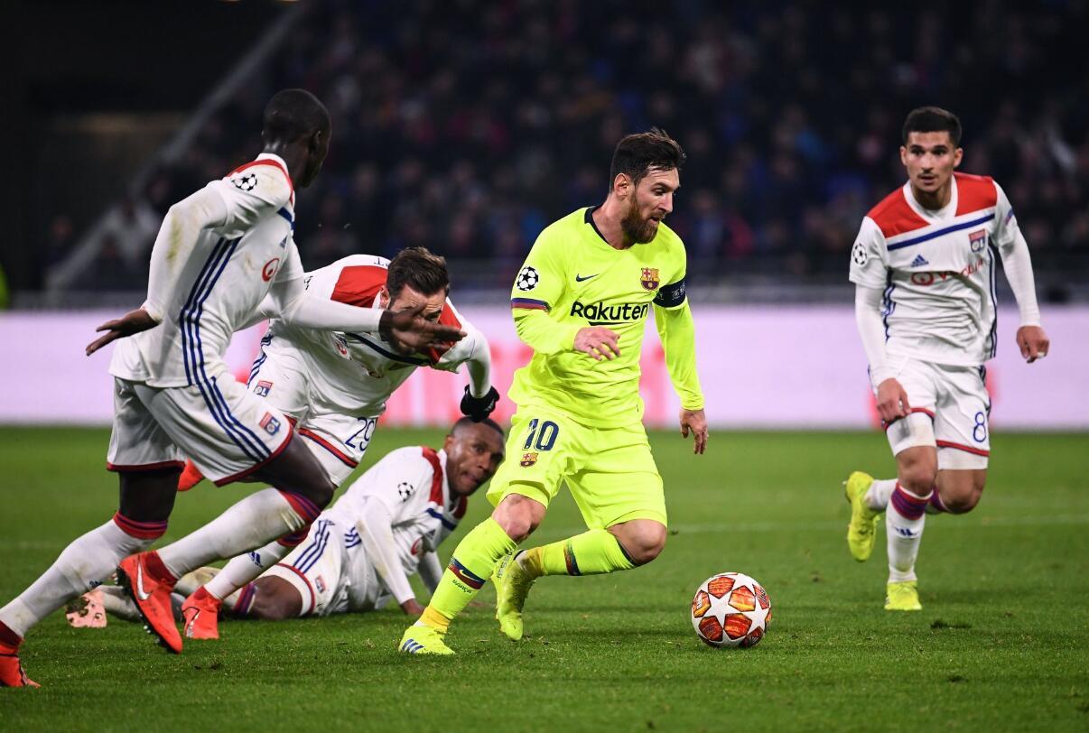 屡射不进!梅西苏亚雷斯浪费机会 巴萨0-0客平里昂次回合再战