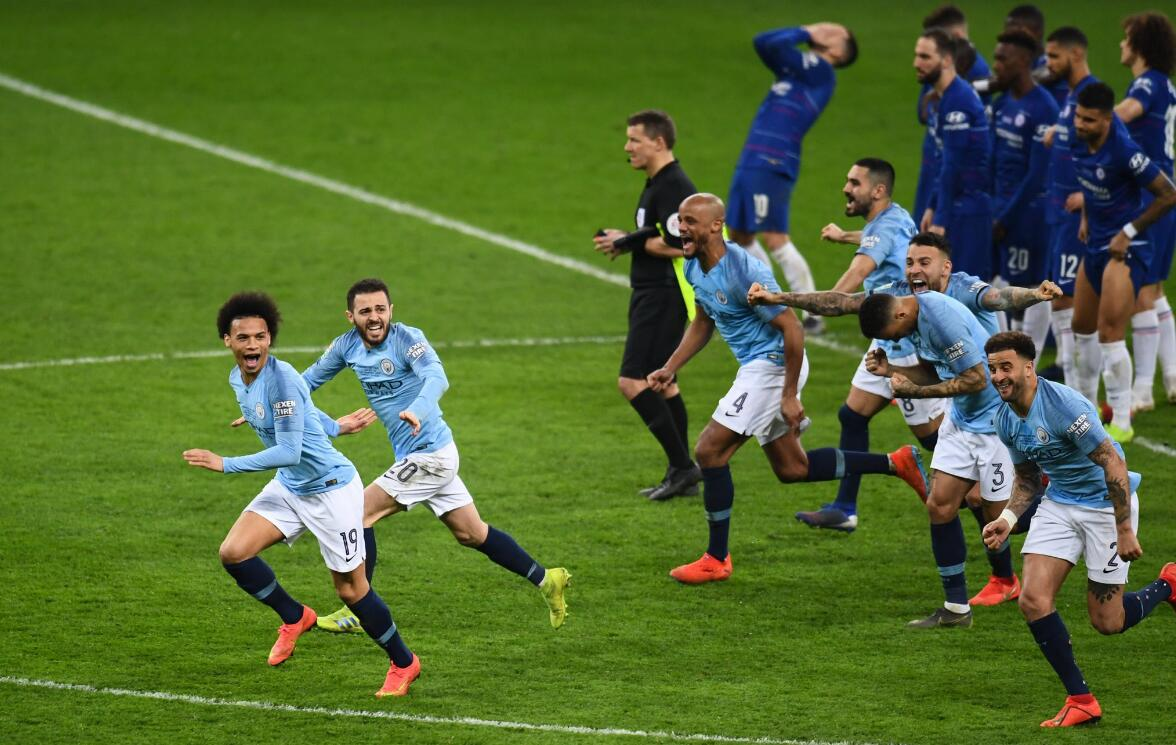 【早报】曼城点球战胜切尔西卫冕联赛杯 双红会闷平收场